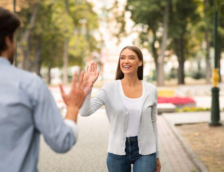 5 Σημάδια που δείχνουν ότι σε έχει βάλει στο friendzone!