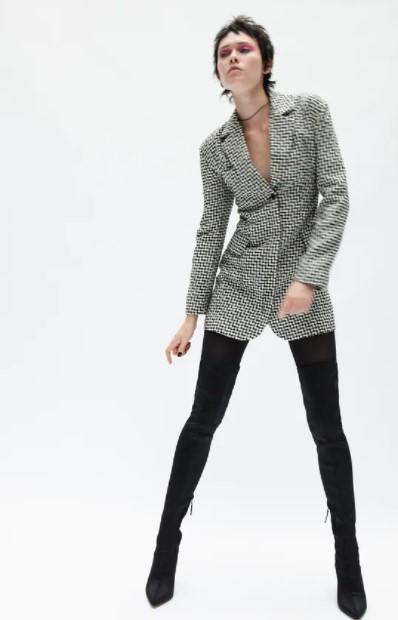 ασπρόμαυρο φόρεμα σακάκι ρούχα Zara xειμώνα 2021-2022