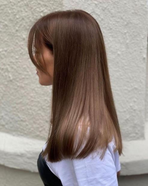 καστανά μαλλιά ανοιχτή απόχρωση