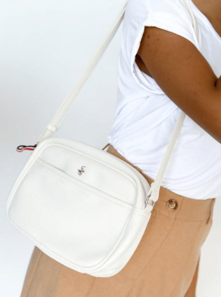 λευκή τσάντα