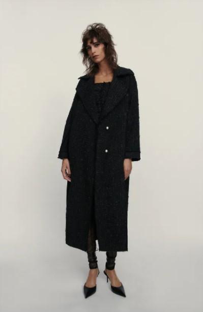 μακρύ μαύρο παλτό