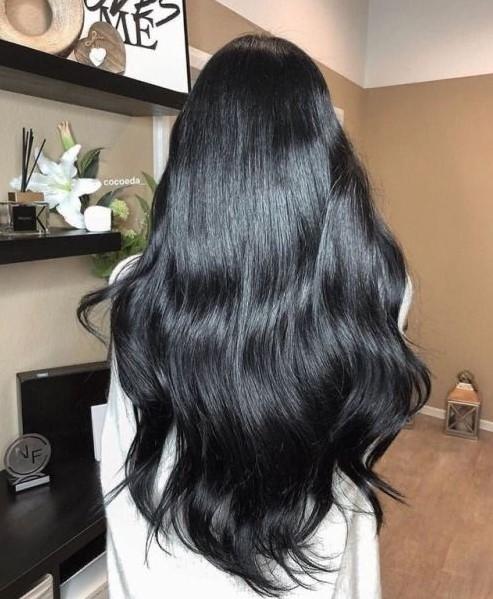 μακριά μαύρα μαλλιά χρώματα μαλλιών χειμώνα 2022