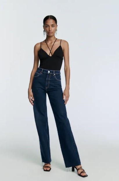 μαύρη τιραντέ μπλούζα ρούχα Zara xειμώνα 2021-2022