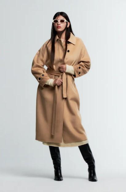 μπεζ μακρύ παλτό ρούχα Zara xειμώνα 2021-2022