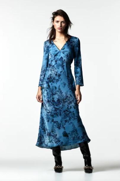 μπλε φόρεμα μακρύ