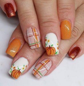 νύχια με κολοκύθες