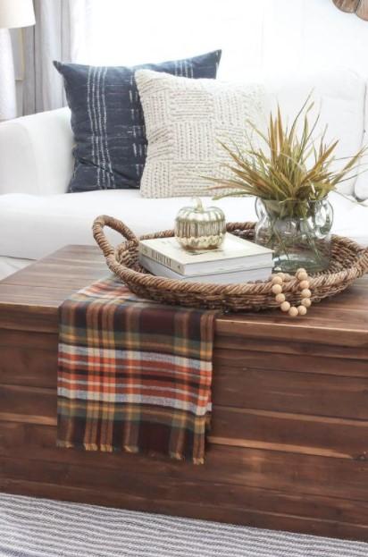 τραπέζι δίσκος καφέ ύφασμα