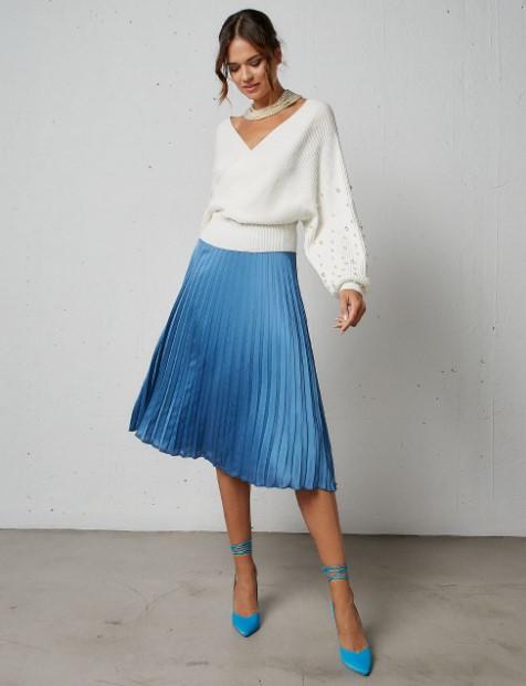 γαλάζια πλισέ φούστα