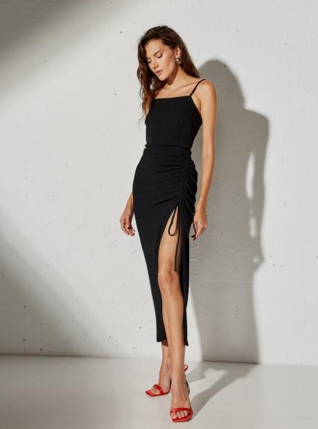 μαύρο φόρεμα τιραντέ