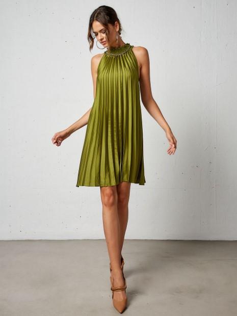 πράσινο πλισέ φόρεμα