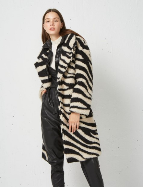 zebra print γούνα